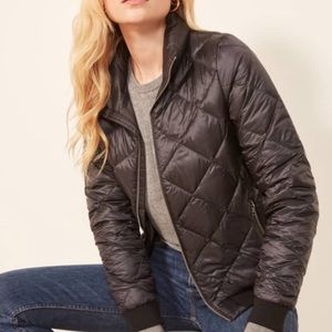 Patagonia bomber jacket size medium